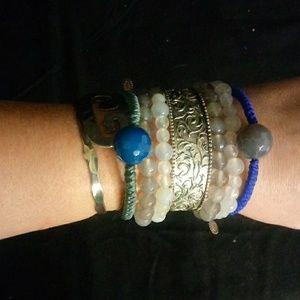 NWT Retired Sara Blaine bracelet with blue agate